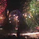 東京屋形船で見る足立花火大会