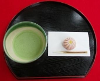 六義園の抹茶と生菓子